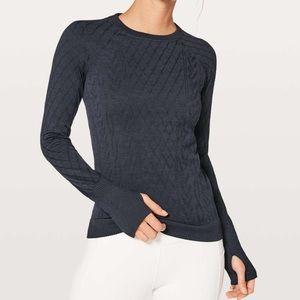 Lulu🍋 Restless Pullover Midnight Navy, size 6